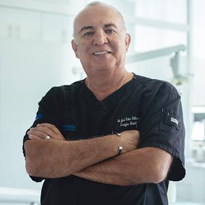 Dr. José Luis Molina Moguel