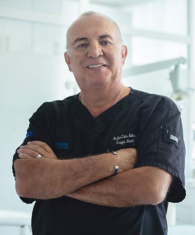 Dr. Molina Moguel